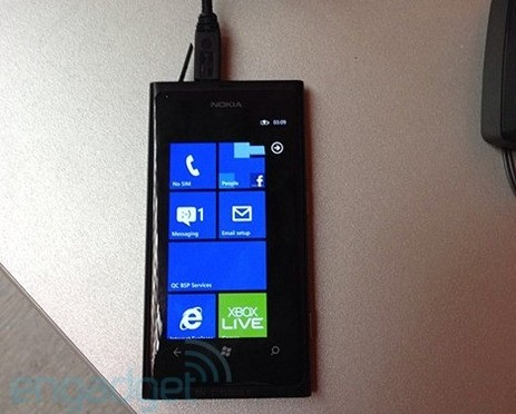 All leaked Nokia WindowsPhone Pics from today [updated]